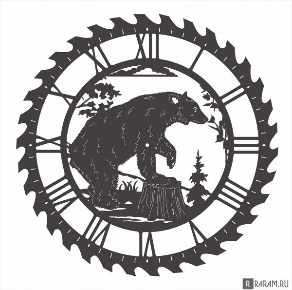 Часы с медведем