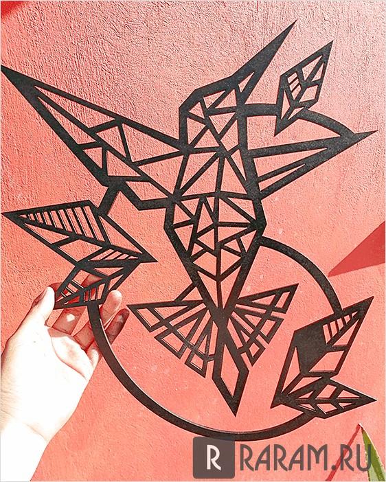 Летающая колибри