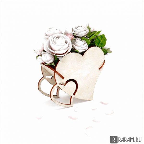 Ваза для свадебных светов в виде сердца