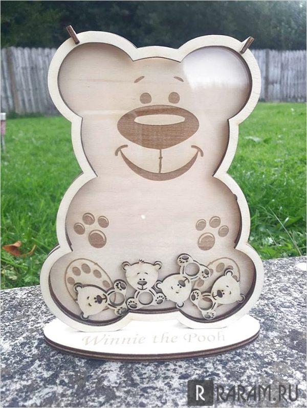 Улыбающийся медведь, фаршированный медведями