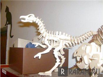 Орнитомимо динозавр