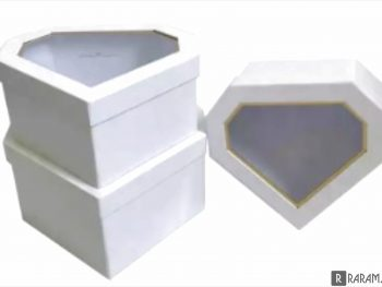 Коробка в виде алмаза с окном