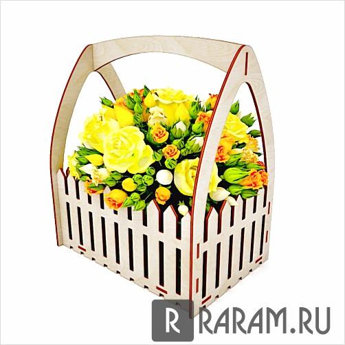 Коробка для цветов с фигурными стенками