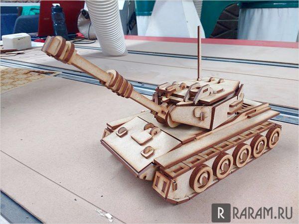 Трехмерный танк