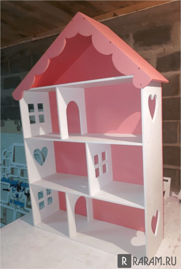Кукольный дом с сердечками